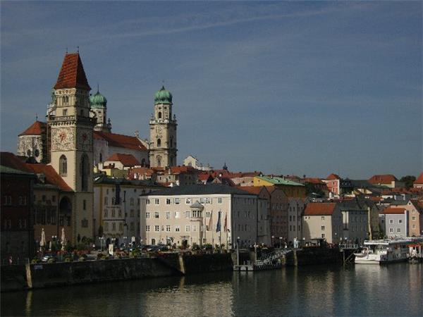 Passau to Vienna cycling holiday in Austria and Germany