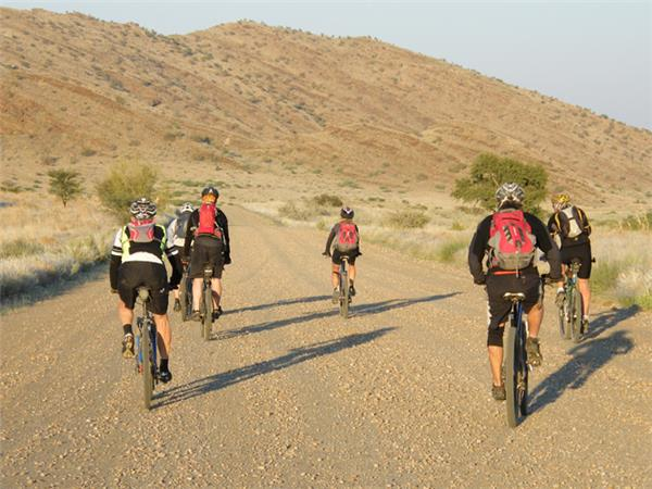 Namibia cycling holiday