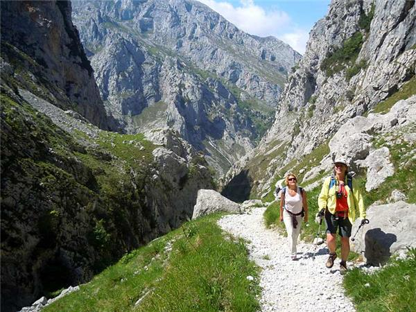 Picos activity holiday in Spain