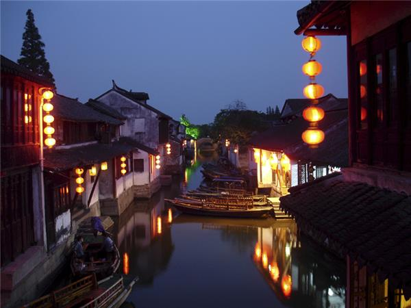 China holiday and Yangtze river cruise