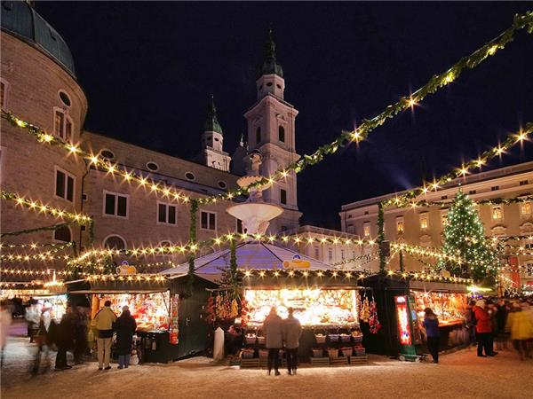 Christmas markets holiday, Central Europe