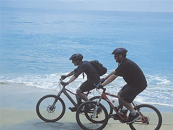 Kerala and tropical India cycling holidays