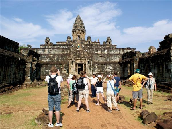 Cambodia small group holiday