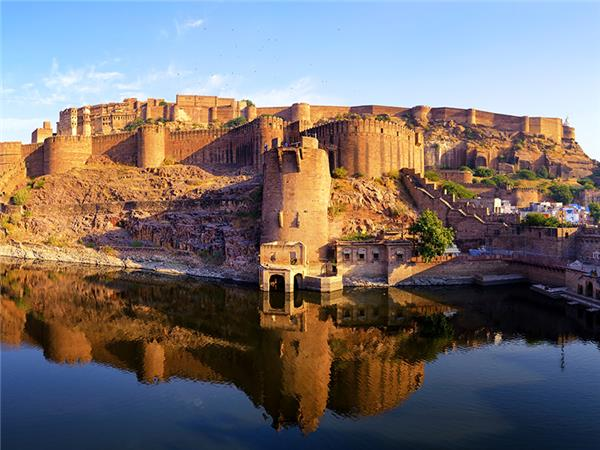 Northern India culture and wildlife holiday