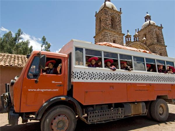 Lima to Cuzco overland truck tour in Peru