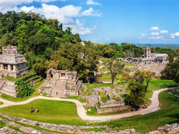 Central America small group tours
