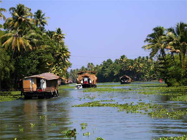 Kerala walking holiday in India