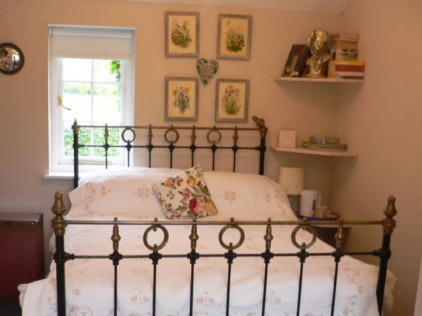 Petersfield bed and breakfast, England