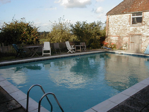 South Downs self catering farmstay, sleeps 4, England