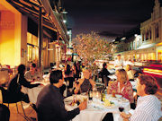 Al fresco dining, South Australia. Image by South Australia Tourist Board