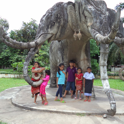 Children with elephant statue