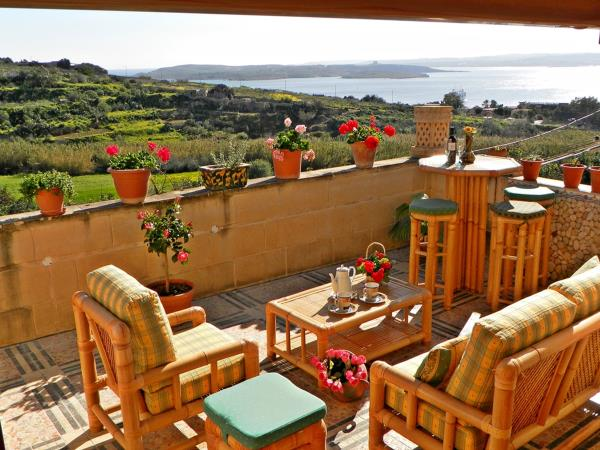 Gozo self catering with sea views, Malta