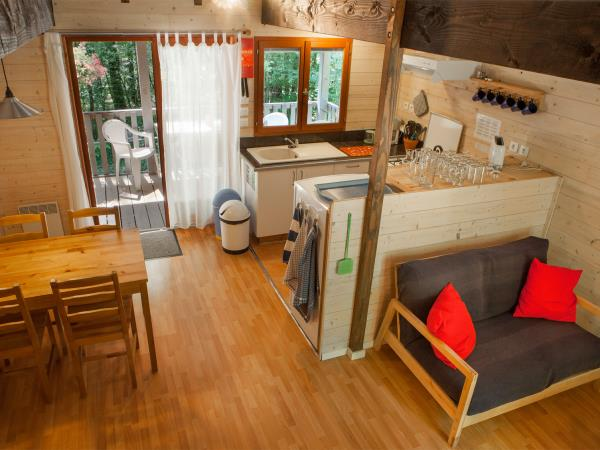 Biron rural self catering chalets, France
