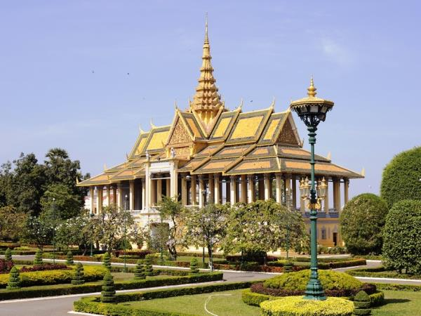 Cambodia tour, temples and culture