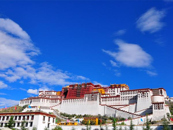 Bejing to Lhasa tour, by train