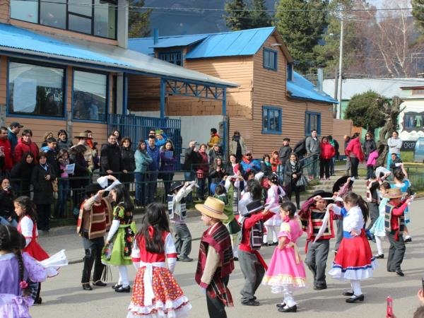 Teach children in Patagonia, Chile