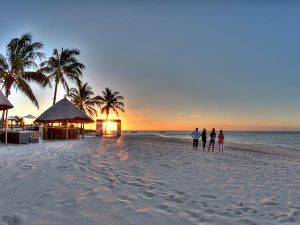Family luxury safari & beach holiday, South Africa & Mozambique