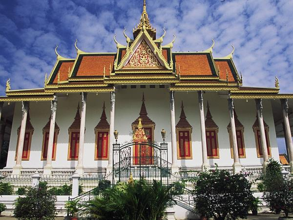 Cambodia holiday, small group tour
