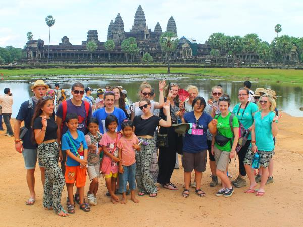 Cambodia community volunteering experience, 1 month