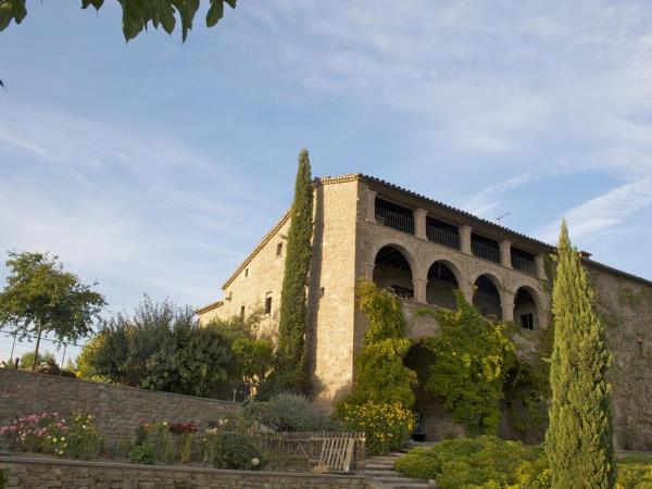 Spain self drive holiday, Rioja & Pyrenees