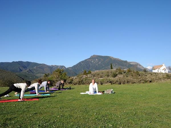 Yoga and walking retreat, Spanish Pyrenees