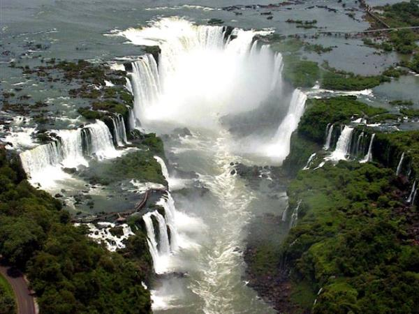Argentina tour, Iguazu Falls full moon & culture