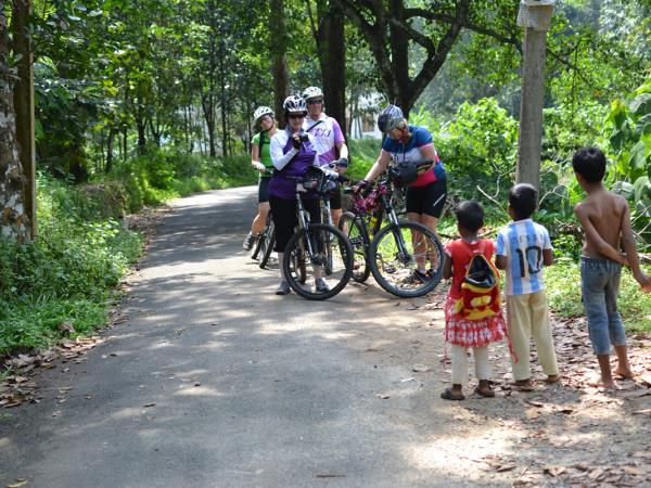 Kerala Hike, bike & kayak in India
