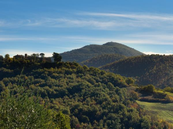 Umbria self guided walking holiday, the North Valley