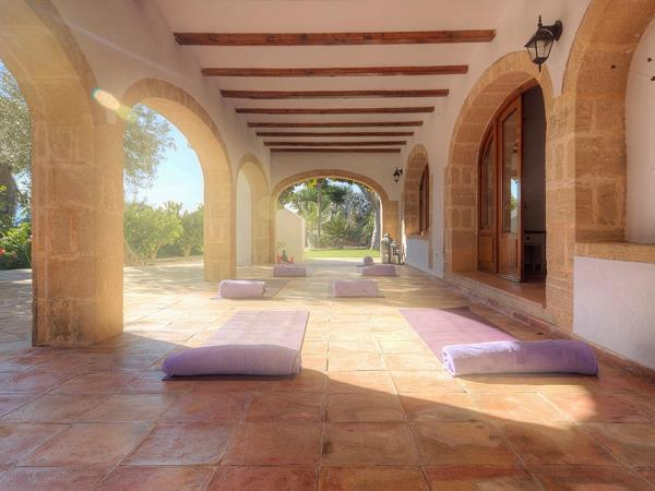 Yoga and detox retreat in Spain
