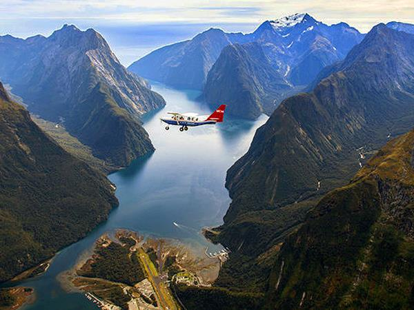 New Zealand 17 day small group tour