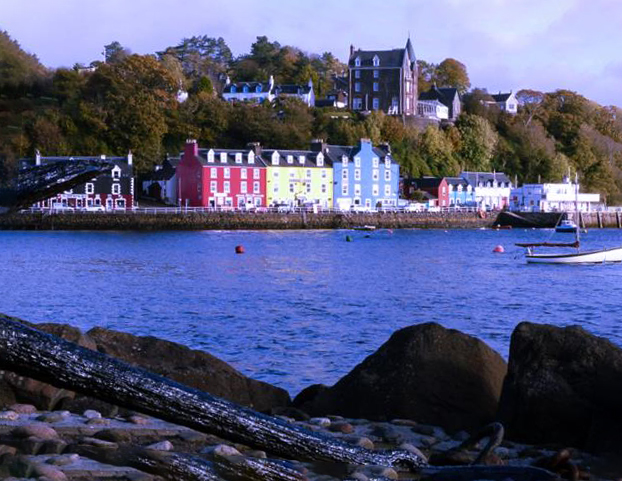 Scotland island hopping holiday, car free