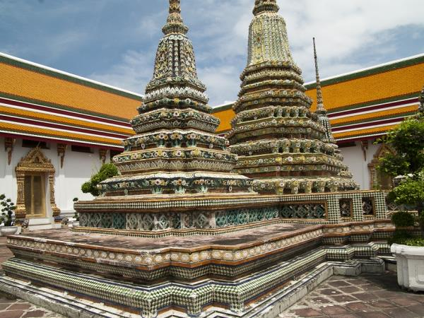 Bangkok to Singapore small group tours