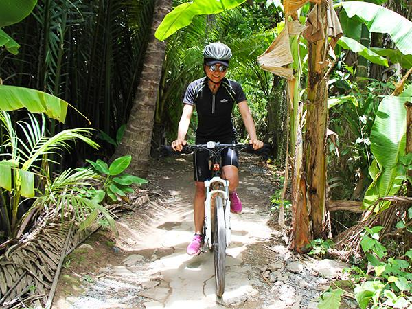 Cambodia & Vietnam community cycling holiday