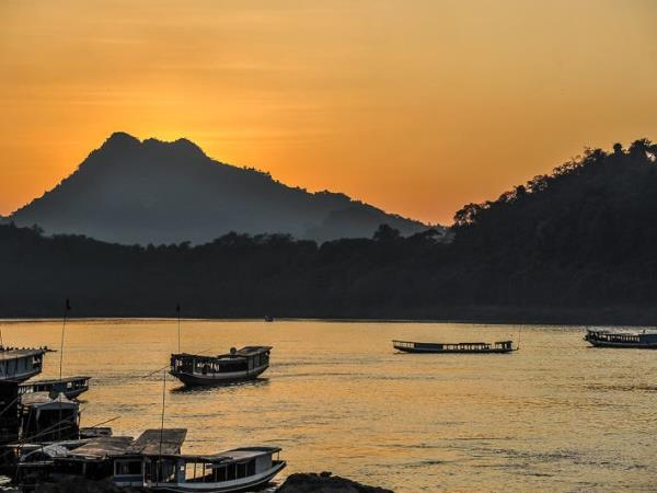 Photography tour in Laos