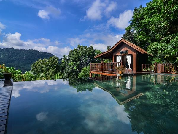 Malaysia Rainforest Bungalows Near Kuala Lumpur