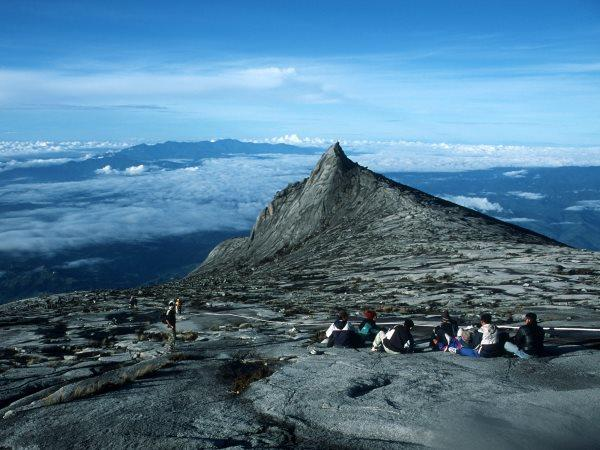 Borneo wildlife holiday with Mt. Kinabalu climb