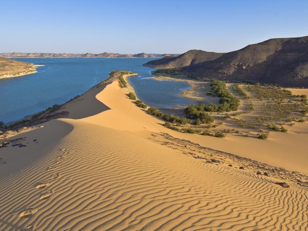 Holiday in Egypt, Lake Nasser escape