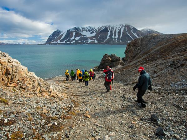 North Spitsbergen cruise, in search of Polar Bears