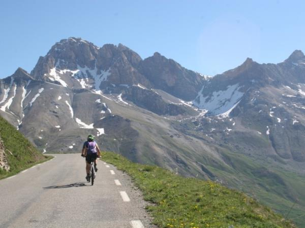 Self guided biking holiday in the French Alps