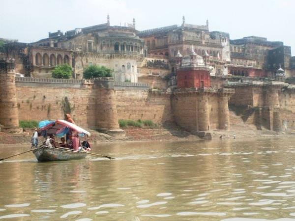 India holiday, the Golden Triangle & Varanasi