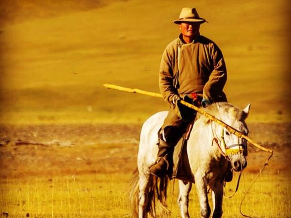 Mongolia cultural holiday & Naadam Festival