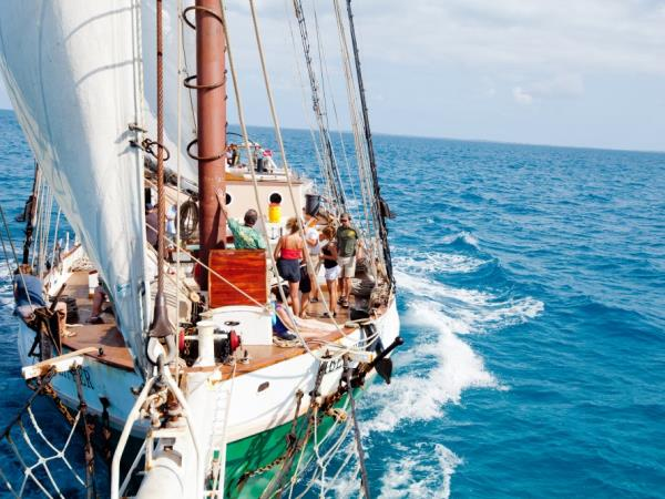 Bahamas Windjammer sailing holiday