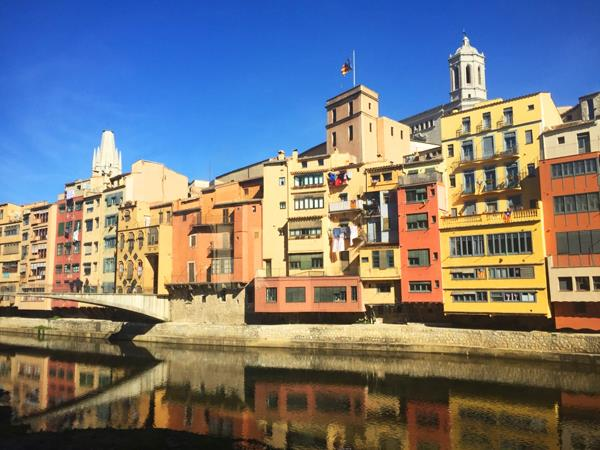 Catalonia cycling tour, Dali & Gaudi