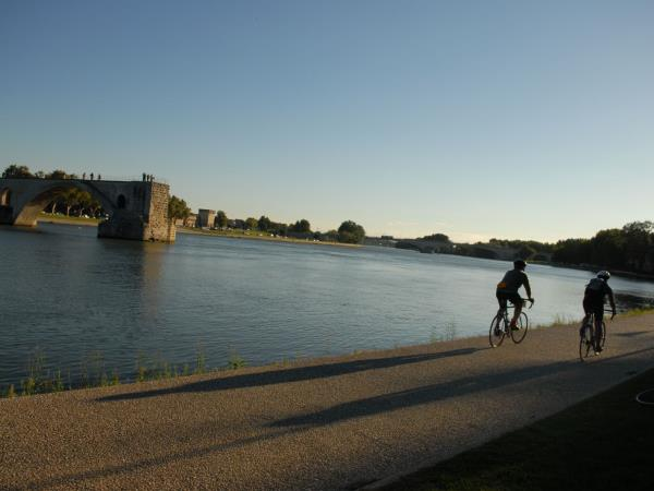 Provence self guided cycling tour, Avignon to Cassis