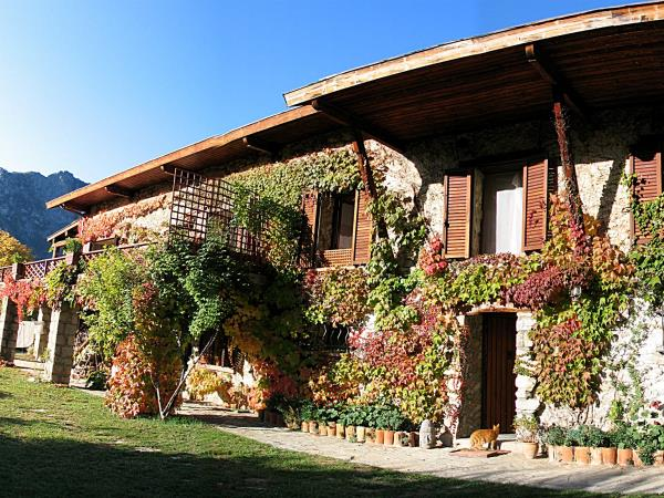France gite accommodation, Mercantour, sleeps 6