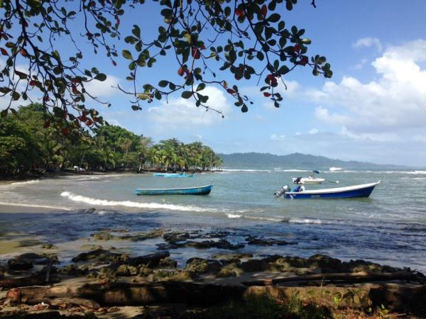 Costa Rica holiday, coast to coast