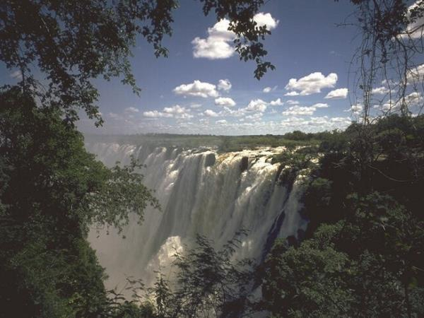 Cape tour to Vic falls budget holiday