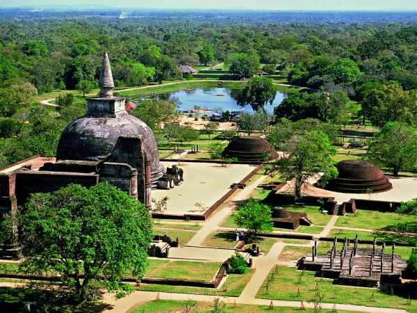 Sri Lanka tailor made country tour