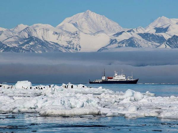 Ross Sea & Antarctic Circle voyage
