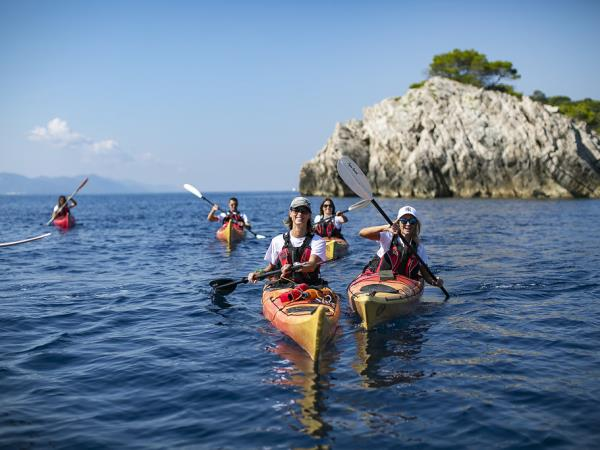 Croatia sea kayaking holidays
